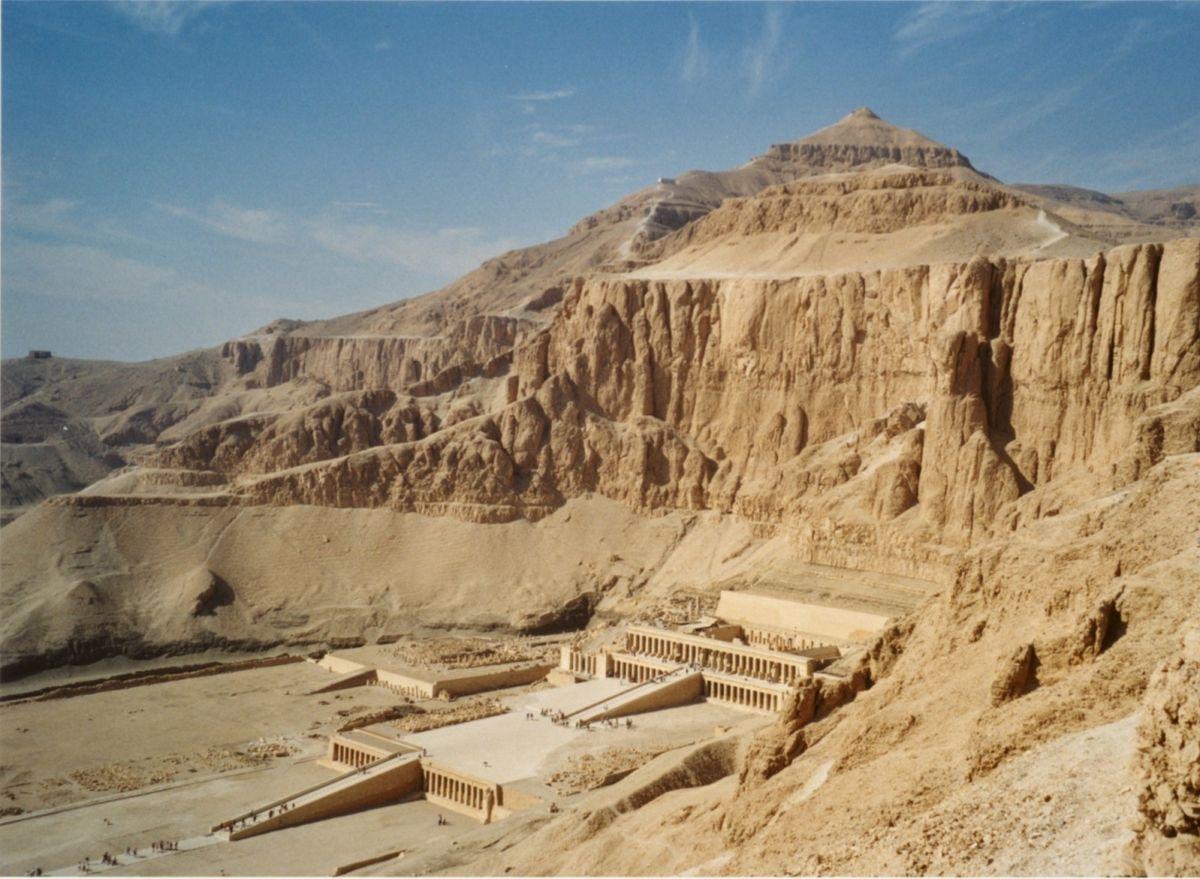 Deir El-Bahari - 2050 B.C.